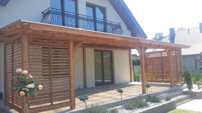 Drewniane zadaszenie tarasu